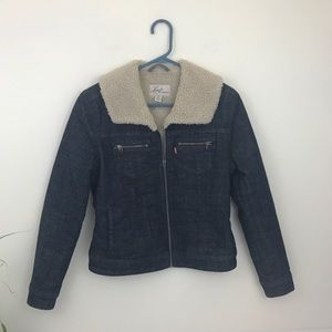 🌻4 for $20-Levi's Sherpa Lined Jean Jacket